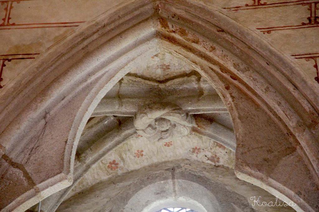 détail plafond salle mariage