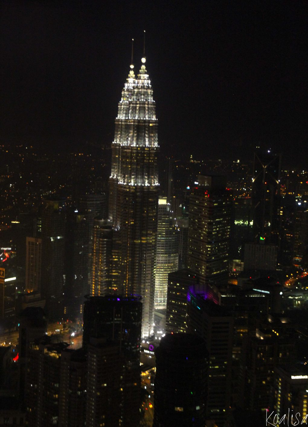 petronas-towers-4