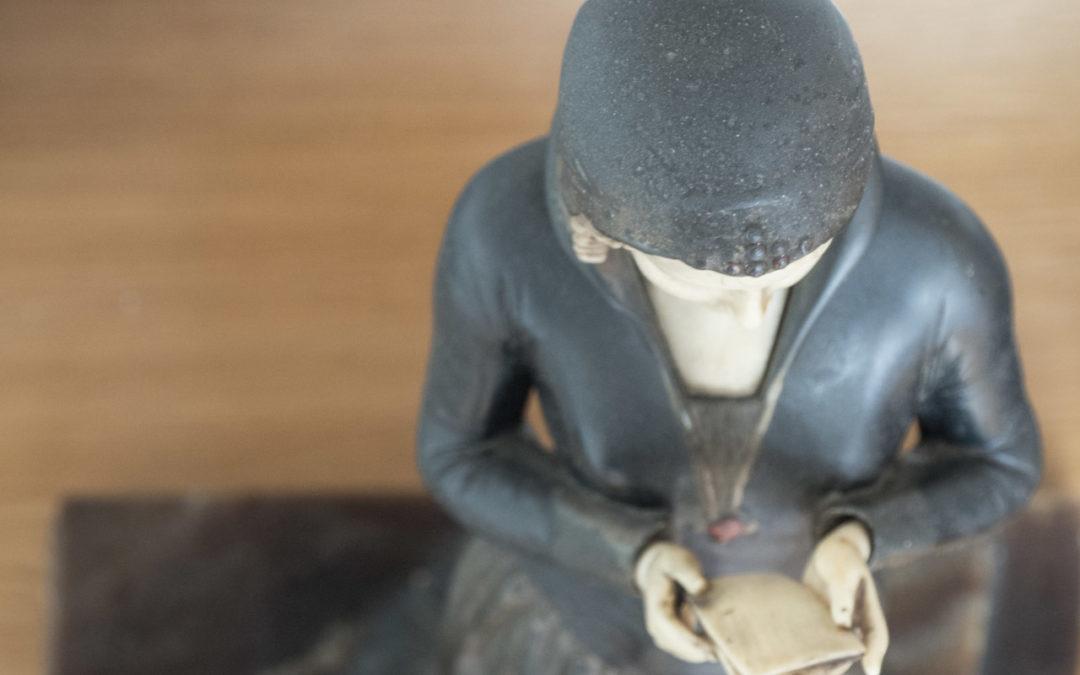 Rencontre avec une belle chryséléphantine au Comptoir du Chineur à Rennes